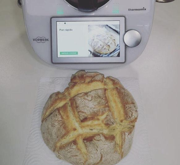 Receta de pan fácil con Thermomix®