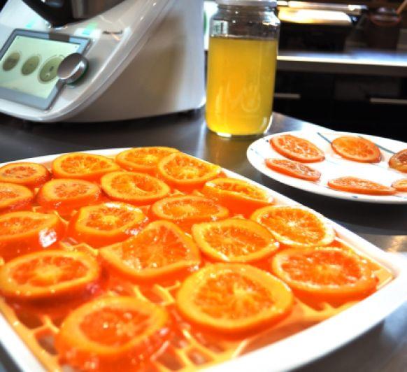 Naranjas confitadas con modo cocción lenta en Thermomix® TM6