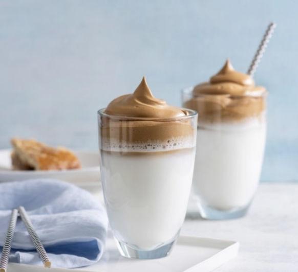 Café Dalgona (Espuma de café soluble)