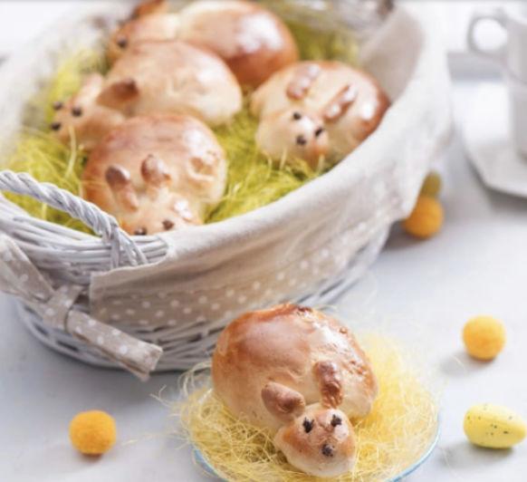 Bollos de conejito de Pascua
