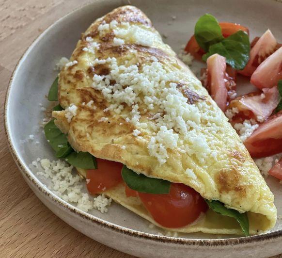 Tortilla de queso con espinacas y tomate con Thermomix®